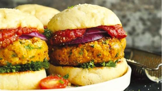 minimalist-baker-vegan-burger-recipe-728x410